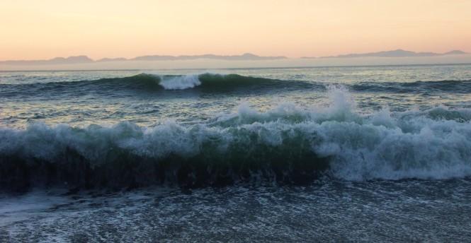 Sunrise from Sombrio Beach, Juan de Fuca trail